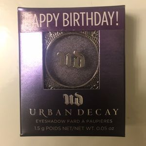 Brand new Urban Decay Eyeshadow in ACDC